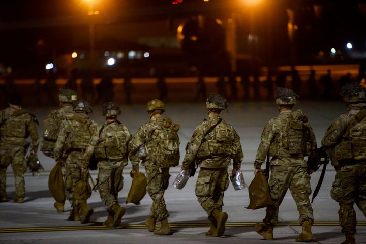 Text messages trying to scare people into thinking they'd been drafted for an Iraq war are fake, the Army says.