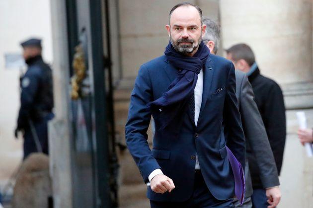 Édouard Philippe arrivant à la réunion avec les syndicats au ministère du...