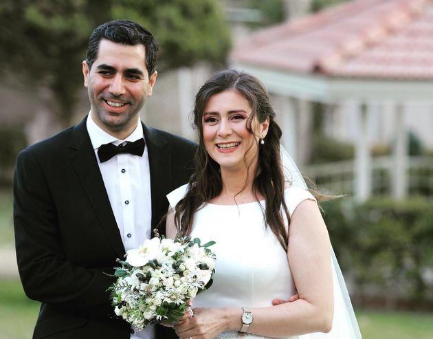 Siavash Ghafouri-Azar et Sara Mamani s'étaient mariés tout