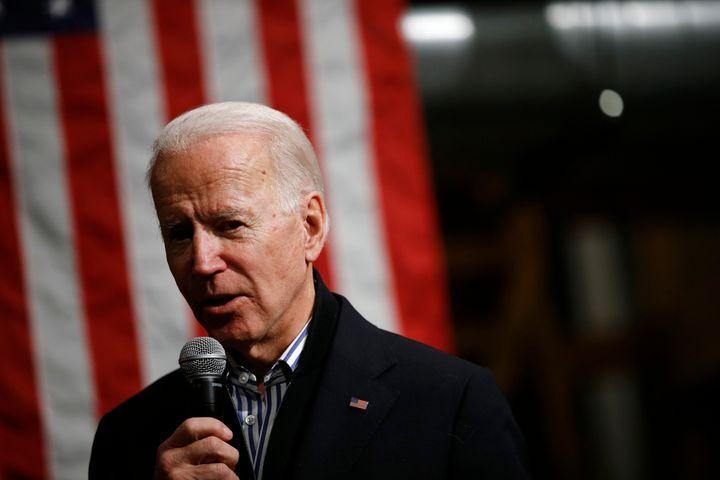 Sen. Elizabeth Warren (D-Mass.) has made an issue out offormer Vice President Joe Biden's support for the bankruptcy bi