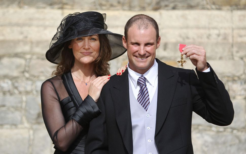 Andrew Strauss with his wife Ruth after he received his OBE.