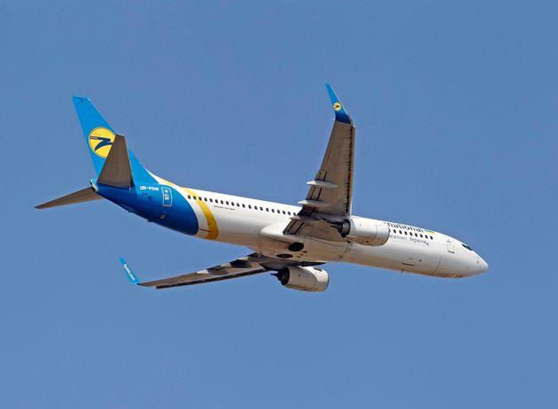 (자료사진) 우크라이나국제항공 소속 보잉 737-800 여객기. 이란 테헤란 공항 인근에서 추락한 여객기와 같은 기종이다. (Photo by STR/NurPhoto via Getty