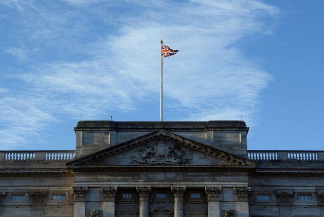 Το Λονδίνο εξέδωσε προειδοποιητική οδηγία για τα ταξίδια στο