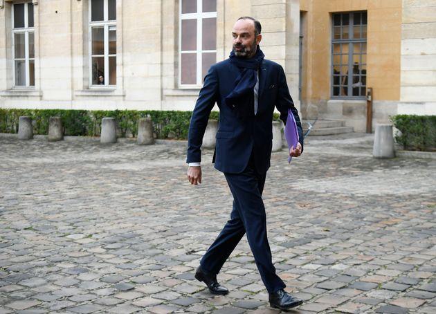 Le dossier de la réforme des retraites est géré par Édouard Philippe et les...
