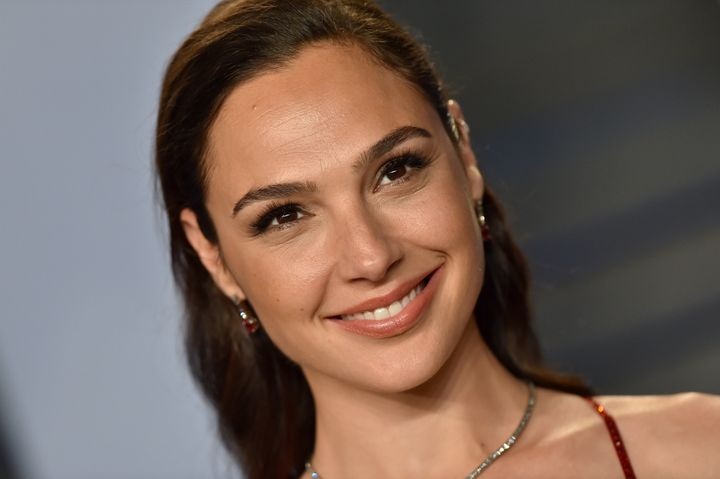 Westlake Legal Group 5e188eaa240000cf355a5832 Gal Gadot Reveals Her Top Wellness Tips And What To Expect From 'Wonder Woman 1984'
