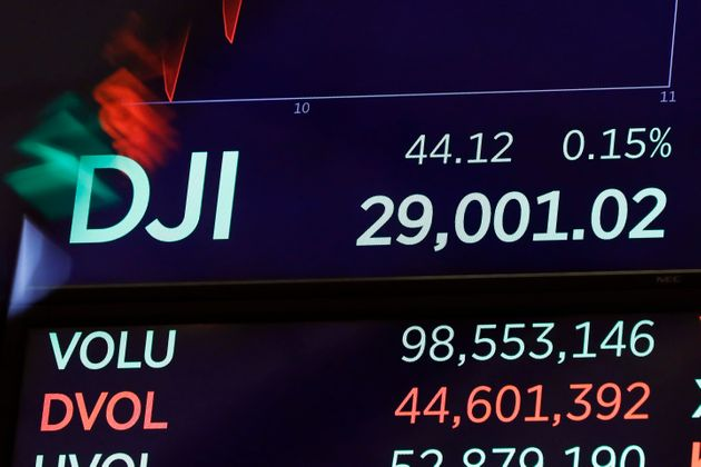 Dow Jones sopra 29 mila punti. Trump esulta: