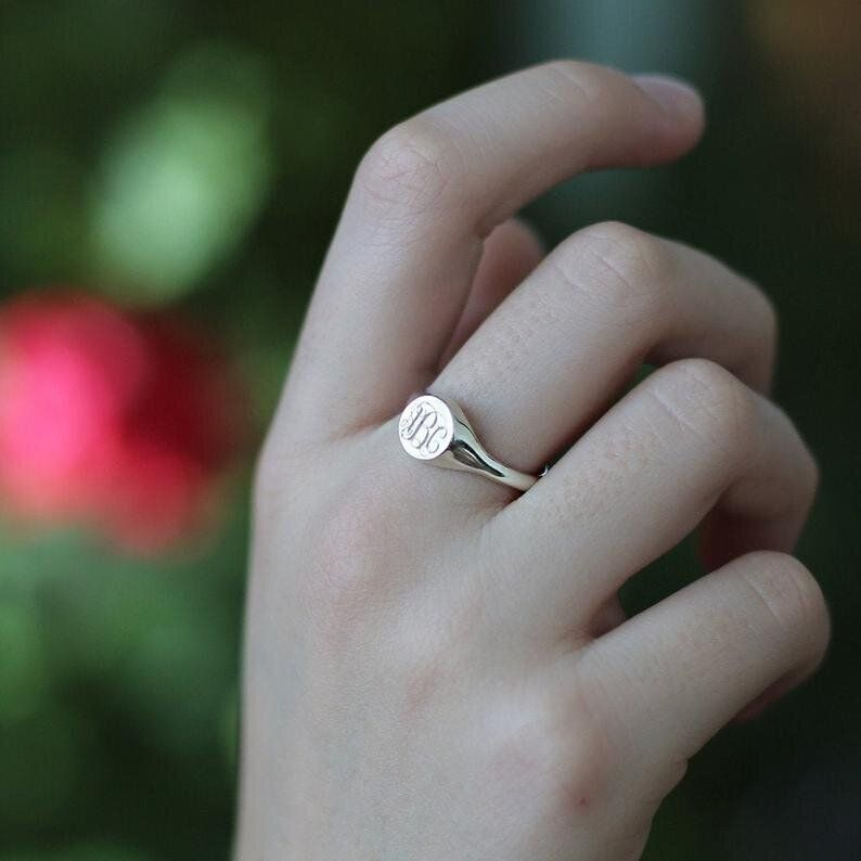 Signet Rings Are Everywhere Here S Where To Get One At