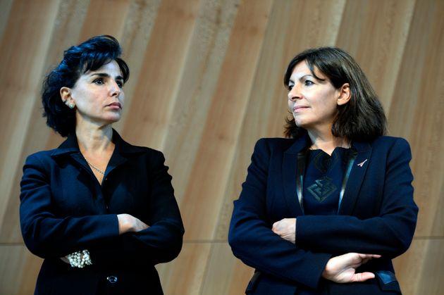 Rachida Dati participant à l'inauguration de la nouvelle surface vitrée de la Tour Eiffel...