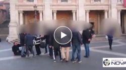 Presidente commissione commercio di Roma aggredito in Piazza Campidoglio dagli ambulanti