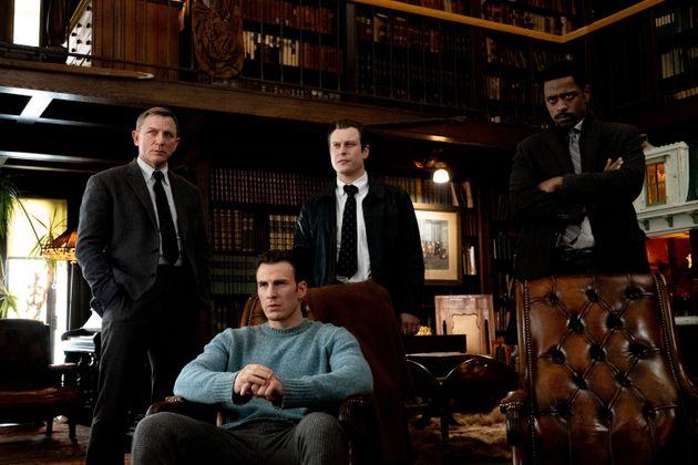 Daniel Craig, Chris Evans, Noah Segan y Lakeith Stanfield en