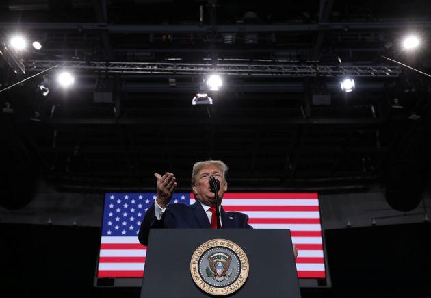 Donald Trump, ici en meeting de campagne dans l'Ohio le 9 janvier, a annoncé que le général...