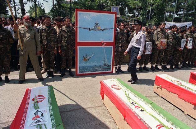 En 1988, l'armée américaine avait abattu par erreur un avion iranien dans le détroit
