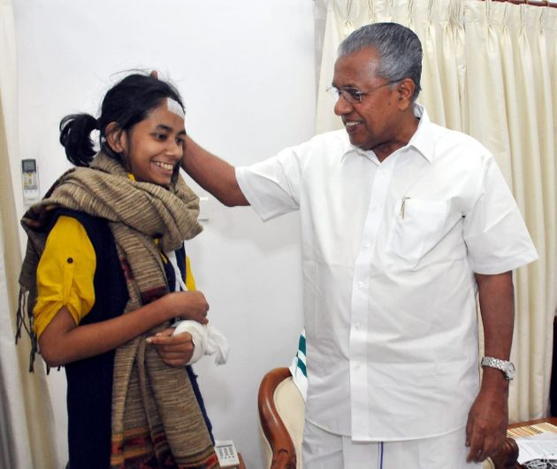 JNUSU President meeting Kerala CM Pinarayi Vijayan at Kerala house in New