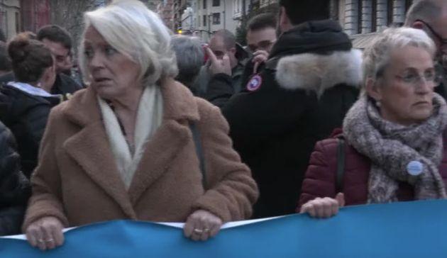 Rosa Rodero y Asun Lasa, en la cabecera de la manifestación en
