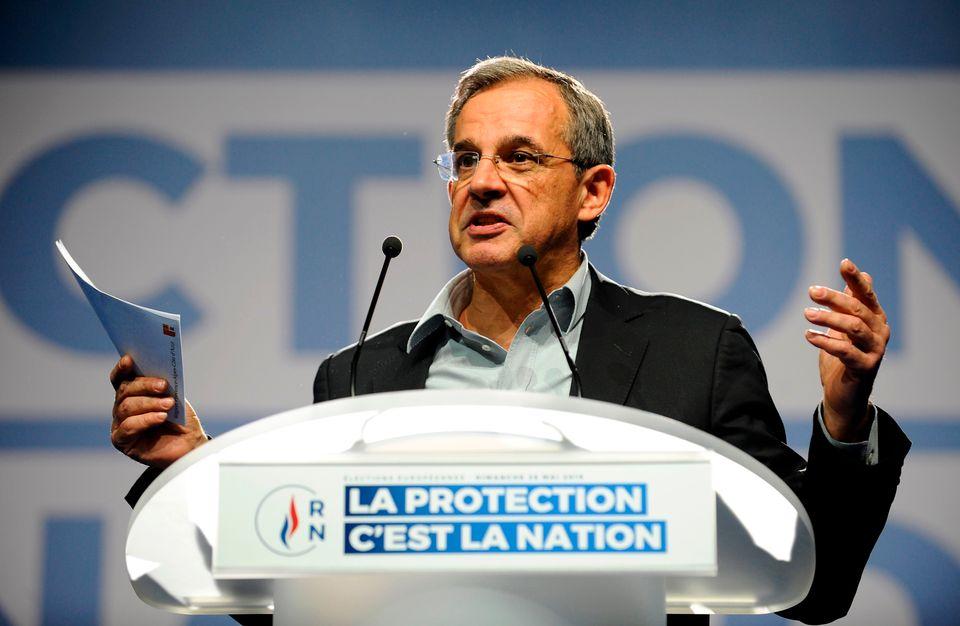 Transfuge des Républicains, Thierry Mariani est censé incarner la passerelle entre la droite...