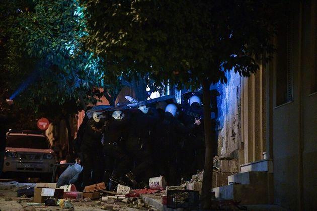 Κουκάκι: Εφοδος της ΕΛ.ΑΣ σε κτίρια που ανακατέλαβαν αντιεξουσιαστές - 13