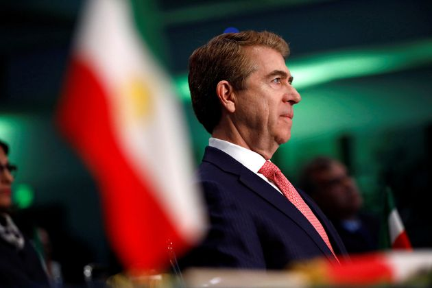 Ambassador Lincoln P. Bloomfield listens as Iranian Americans from across California converge in Los...