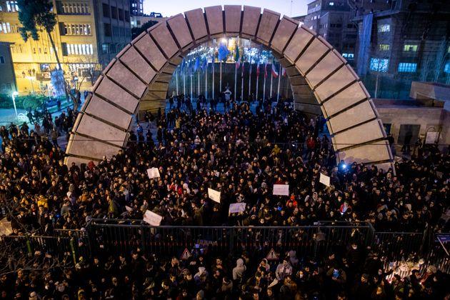 População se reuniu no sábado, dia 11 de janeiro de 2020, em uma vigília...