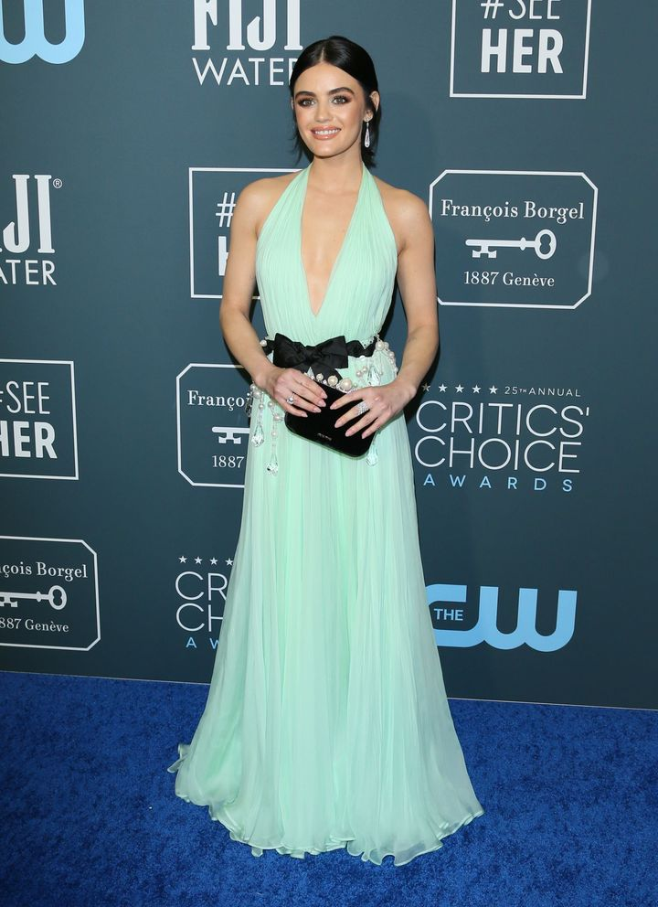 Westlake Legal Group 5e1ba3db2100004e003dee90 See All The Fashion From The Red Carpet At The 2020 Critics' Choice Awards