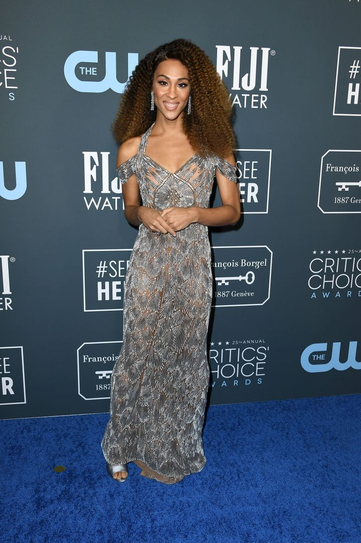 Westlake Legal Group 5e1ba4b22100004d003dee91 See All The Fashion From The Red Carpet At The 2020 Critics' Choice Awards