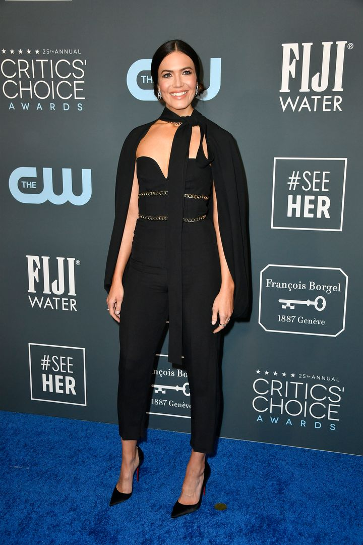 Westlake Legal Group 5e1baa8d1d00004f00ecc1db See All The Fashion From The Red Carpet At The 2020 Critics' Choice Awards