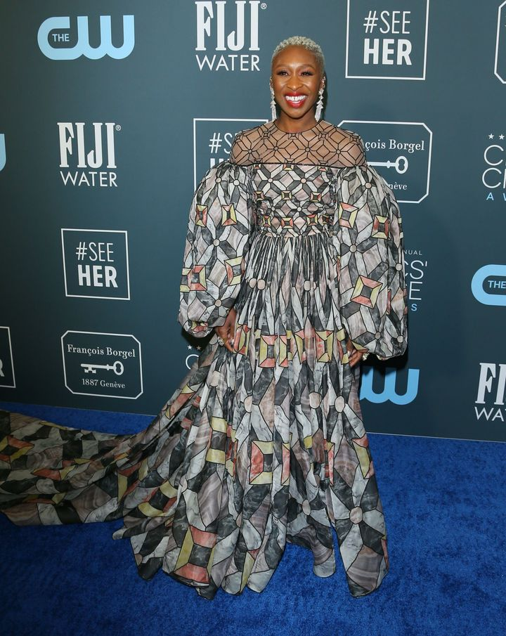 Westlake Legal Group 5e1bb5d72100004d003dee98 See All The Fashion From The Red Carpet At The 2020 Critics' Choice Awards