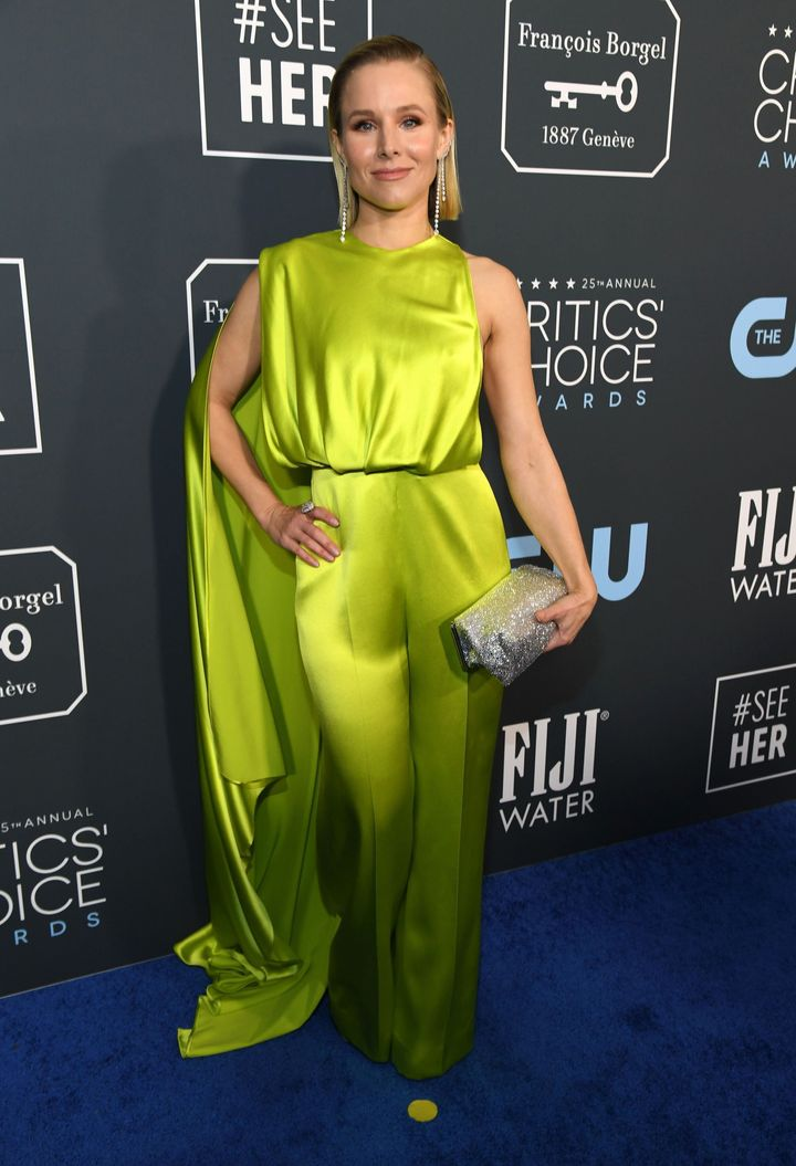 Westlake Legal Group 5e1bbb5c2100004e003dee9f See All The Fashion From The Red Carpet At The 2020 Critics' Choice Awards