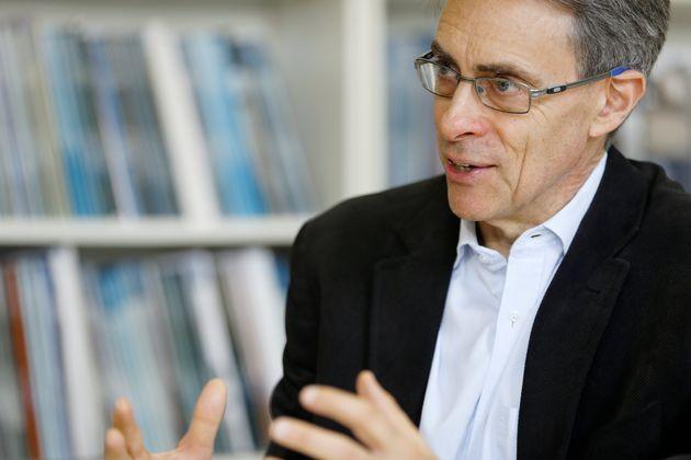 Kenneth Roth, directeur de Human Right Watch, ici en avril 2018 à Genève, a été...