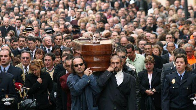 Imagen del entierro de exalcalde de Polop de la Marina (Alicante) Alejandro