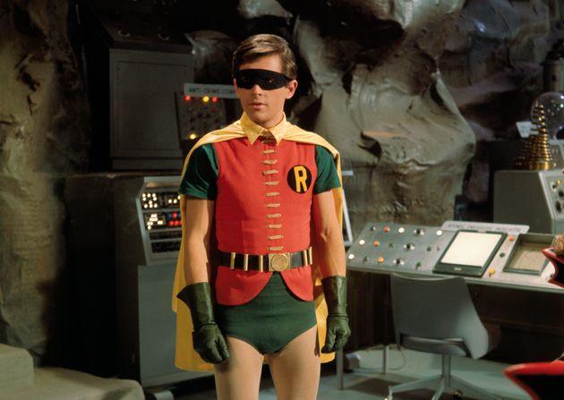 «Batman»: Burt Ward, le Robin des années 1960, incité à prendre des pilules pour réduire la taille de...