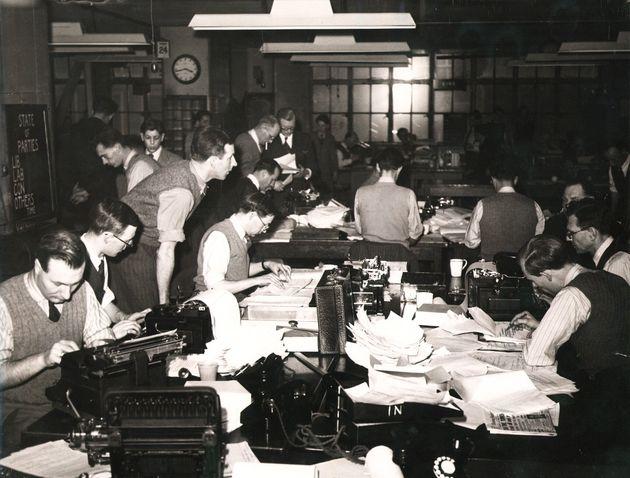 Τα γραφεία του Reuters, στην οδό, 85 Φλιντ, στο Λοδίνο, κατά την διάρκεια των εκλογών του 1950.
