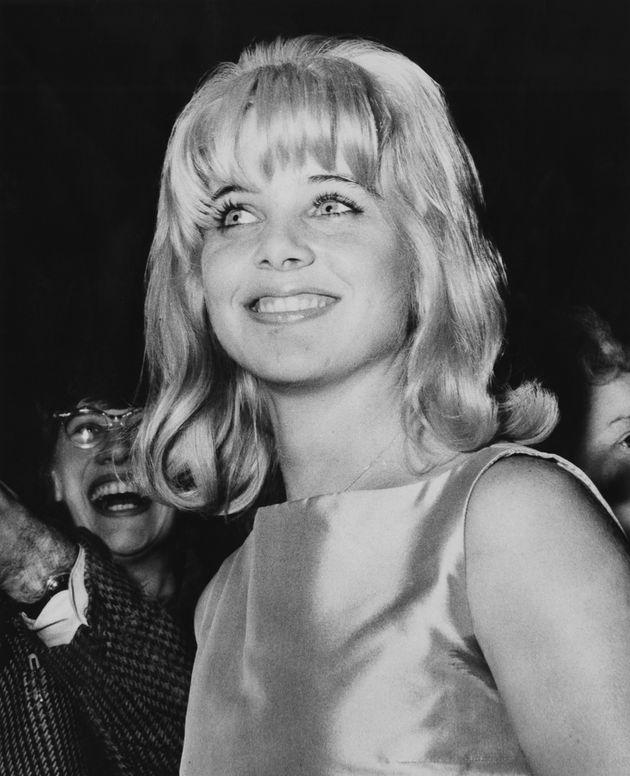 Sue Lyon, en