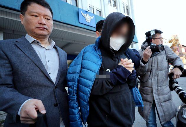 Mnet '프로듀스 X 101'의 득표수를 조작했다는 혐의로 구속된 안모 PD가 검찰로 송치되고