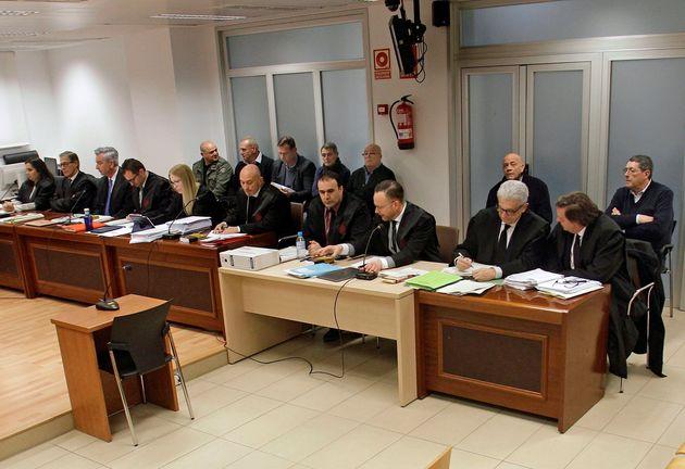 Los siete acusados por el asesinato a tiros del alcalde de Polop de La Marina