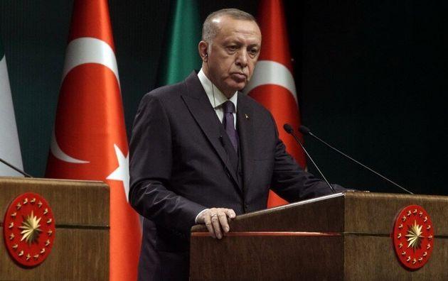Ερντογάν απειλεί Χαφτάρ - «Δεν θα διστάσουμε να του δώσουμε ένα
