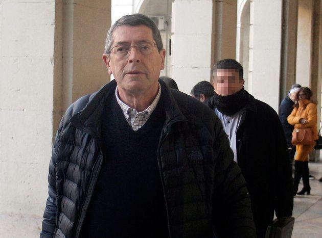 El acusado Juan Cano, sucesor del alcalde de Polop de la Marina