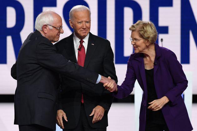Bernie Sanders, Joe Biden et Elizabeth Warren avant un débat en octobre