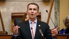 Βιρτζίνια Φεκ Ραλφ Νορθαμ Για Την Απαγόρευση Όπλα Από Το State Capitol
