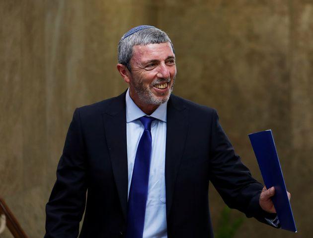 """이스라엘 교육부 장관 """"내 아이들이 게이가 아님을 신께"""