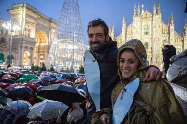 01/12/19 Milano, Movimento delle Sardine manifesta in Piazza Duomo, nella foto Giulia Trappoloni e Roberto
