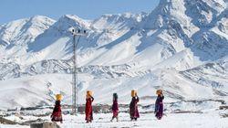 Χιονοστιβάδες και πλημμύρες σε Πακιστάν και Αφγανιστάν - Στους 130 οι νεκροί, κυρίως