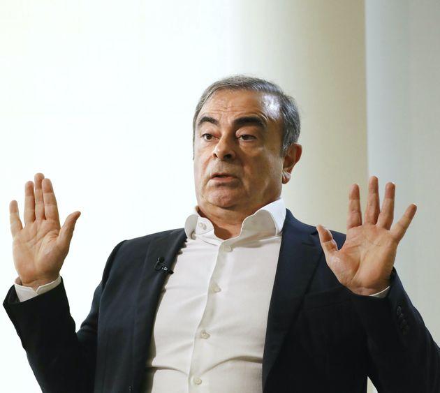 日本メディアの代表取材に応じるカルロス・ゴーン被告=10日、レバノン・ベイルート[代表撮影]