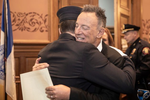 Bruce Springsteen embraced his son Sam Springsteen after he was sworn in as a