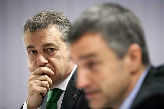 El lehendakari, Iñigo Urkullu, y el secretario general para la Paz y Convivencia de su Gobierno, Jonan