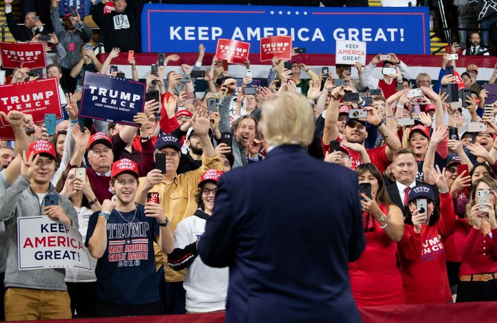 """U.S. President Donald Trump arrives for a """"Keep America Great"""" campaign rally in Milwaukee, Wisconsin, Jan. 14, 2020."""