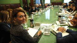 Lío en el Congreso: la oposición acusa a Sánchez de querer