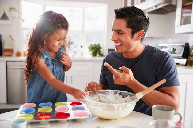 5 Awesome Cooking Shows To Watch Guilt-Free With Your Kids