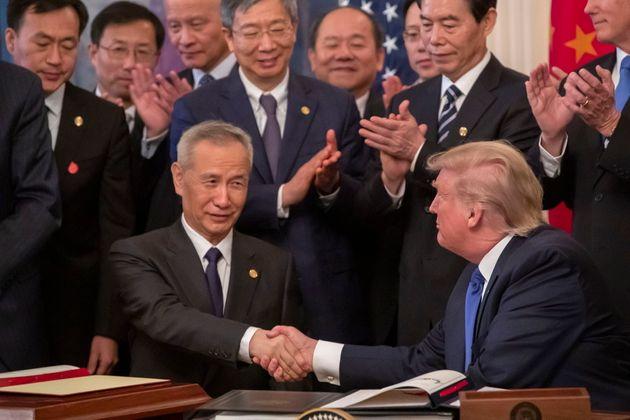 EEUU y China sellan una trascendental primera fase del acuerdo