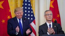 Trump signe un accord commercial préliminaire avec la Chine, un