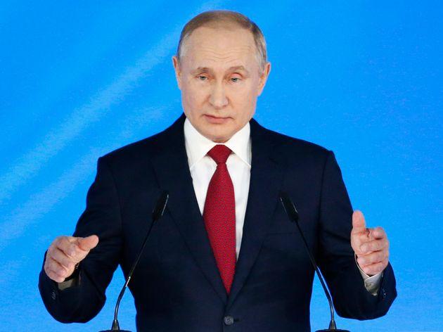 El presidente de Rusia, Vladimir Putin, se dirige al Consejo Estatal en Moscú, Rusia, el miércoles 15...